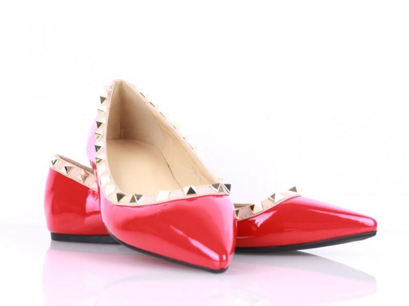 Vybíjané balerínky červené