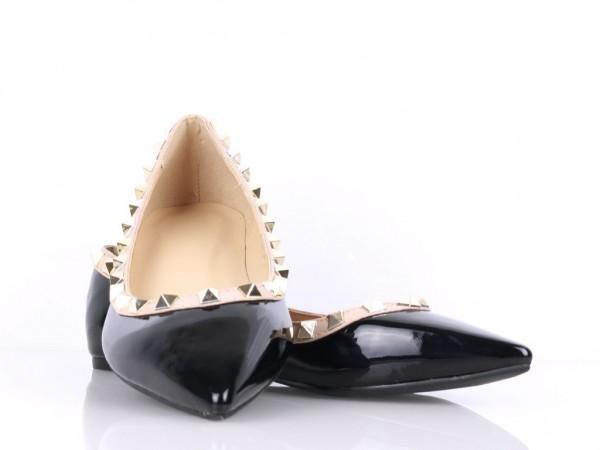 Vybíjané balerínky čierne