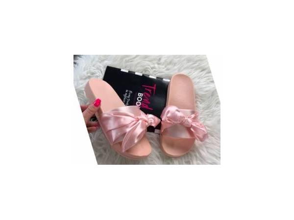 Ružové saténové šľapky