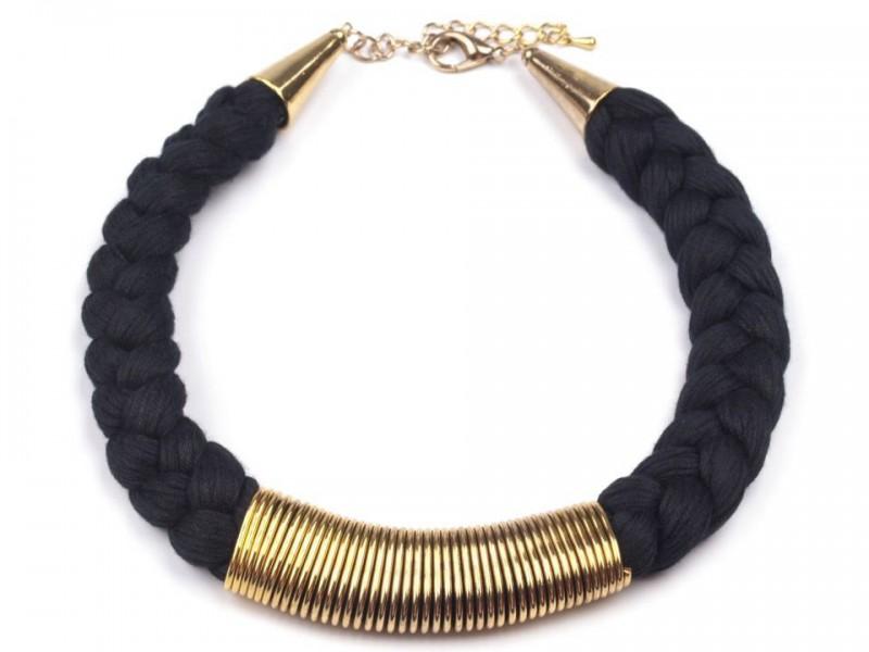 Splietaný náhrdelník