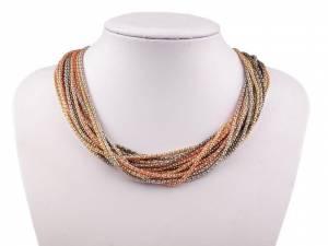 Kovový náhrdelník z retiazok