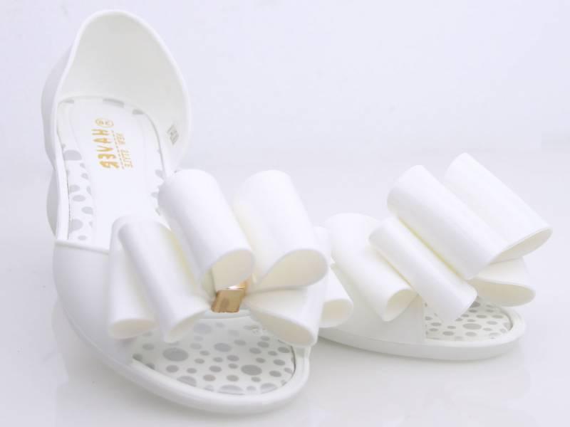 Gumené balerínky biele