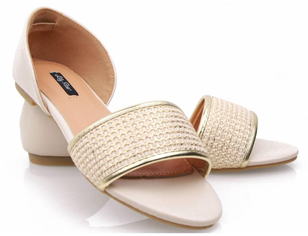 5e3cbd12a7c3 Béžové nízke sandálky ...