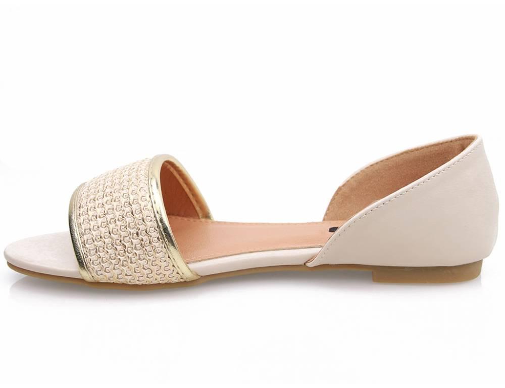 e86c60efa2eb Béžové nízke sandálky · Béžové nízke sandálky ...
