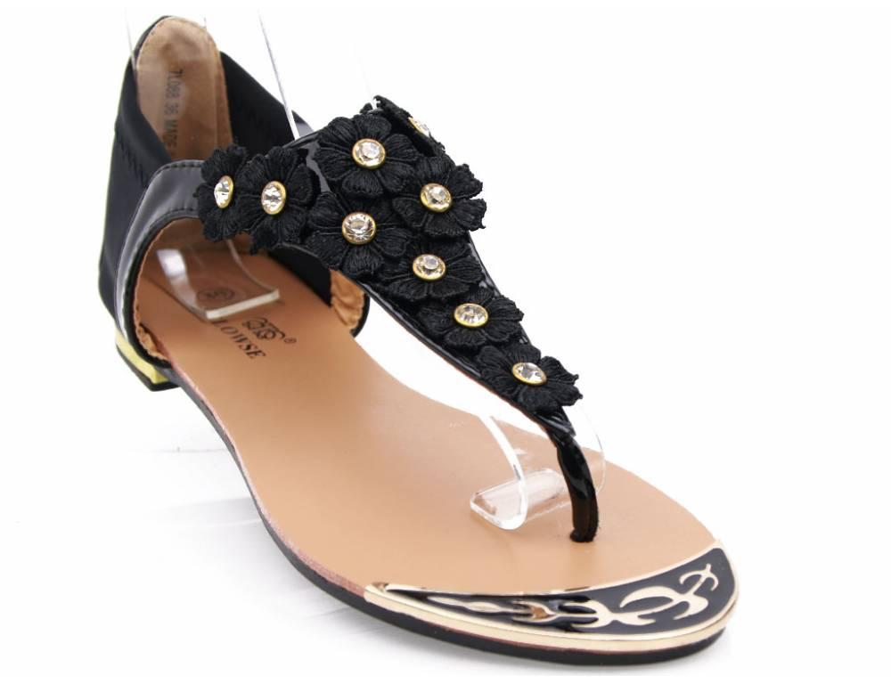 42bac67e82 Čierne kvetinkové sandálky · Čierne kvetinkové sandálky ...