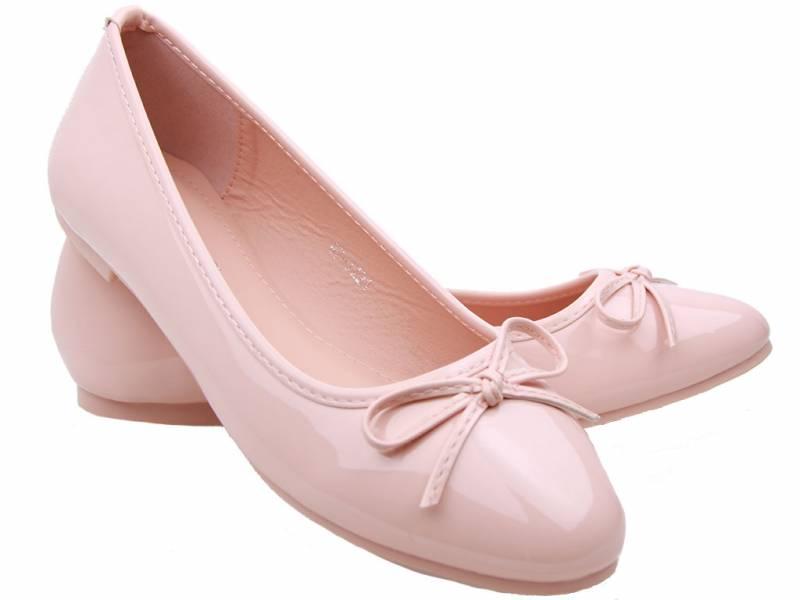 Ružové lesklé baleríny