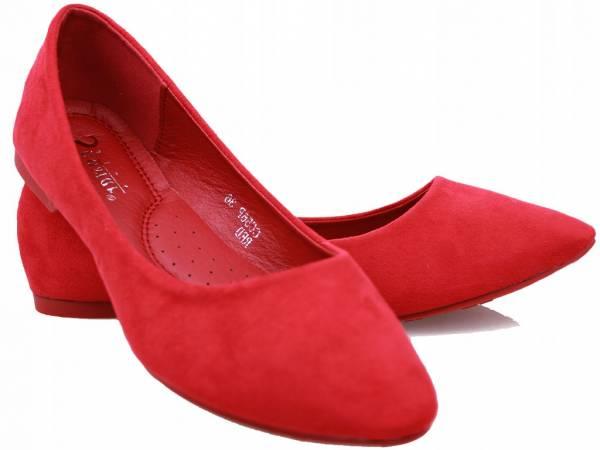Červené balerínky semiš