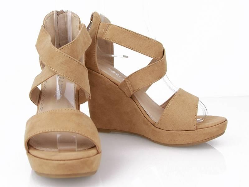 Sandálky na platforme béžové