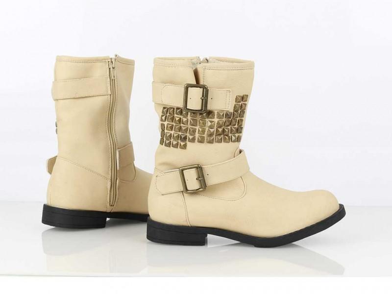 Vybíjané zateplené boty