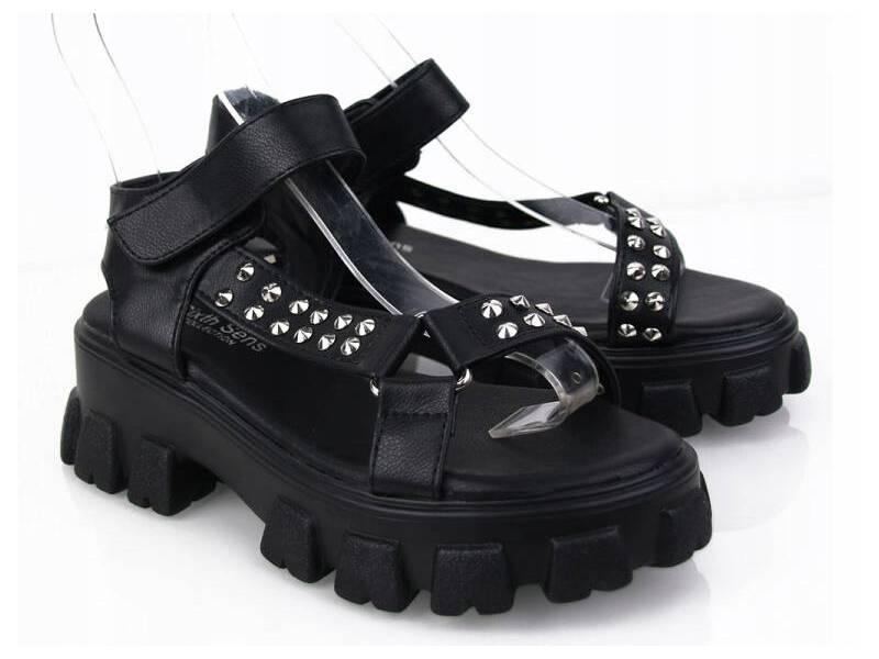 Dámske sandálky čierne