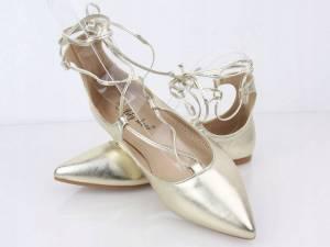 Zlaté šnúrovacie balerínky