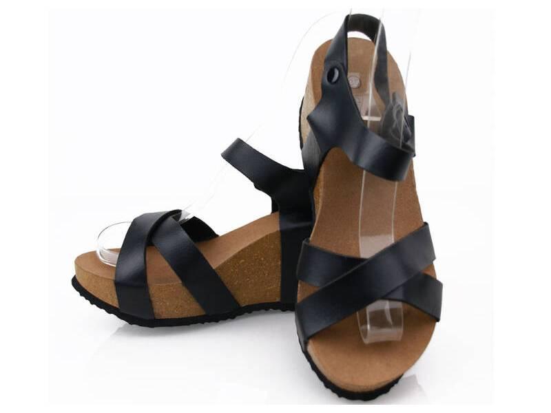 Korkové sandálky na platforme