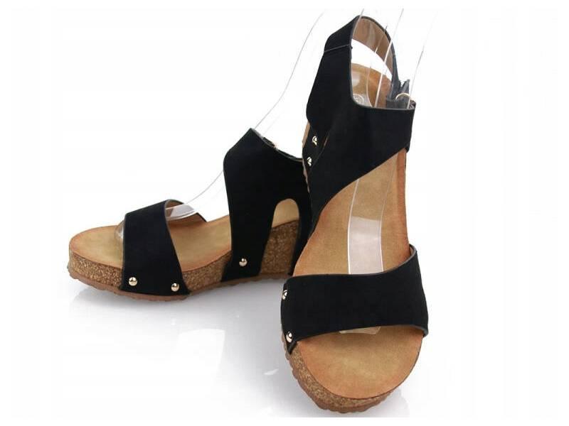 Korkové sandálky čierne