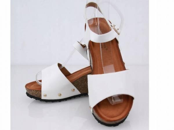 Korkové biele sandálky