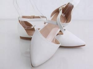 Biele balerínky špicaté
