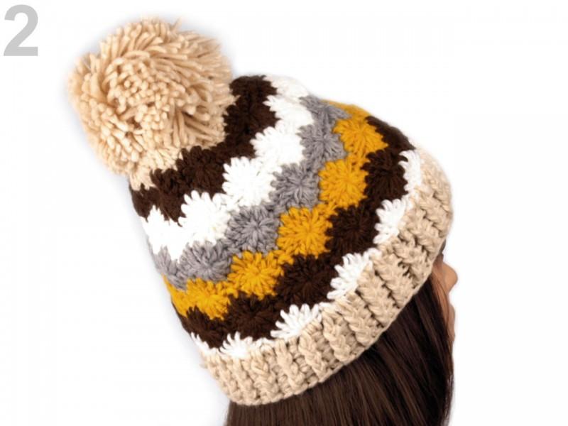 Háčkovaná čiapka s brmbolcom