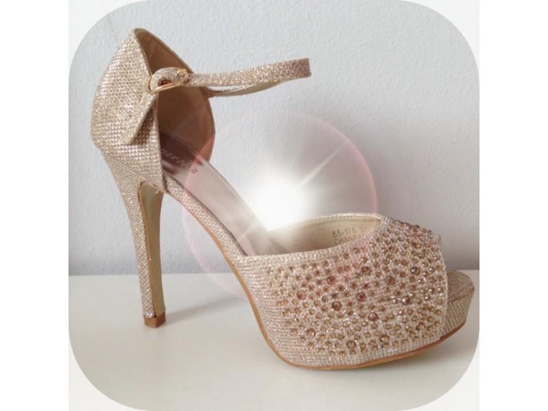 Champagne sandálky