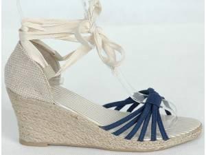 Modré sandálky na platforme
