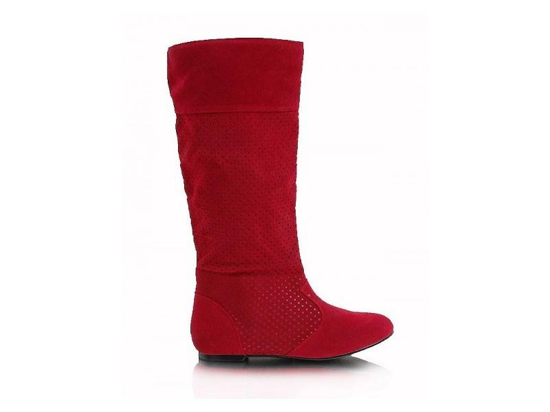Červené čižmy