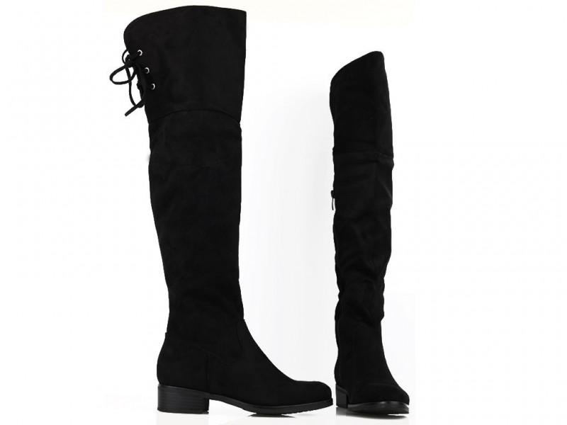 Čierne čižmy nad koleno