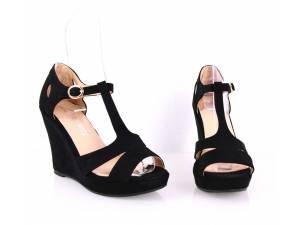 Čierne letné sandálky