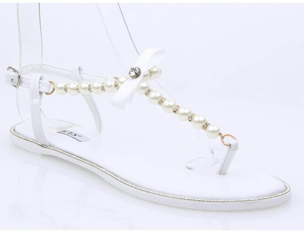 a1728fe8b1e8 Biele perlové sandálky · Biele perlové sandálky