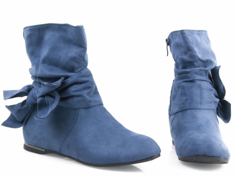 Modré semišové čižmy